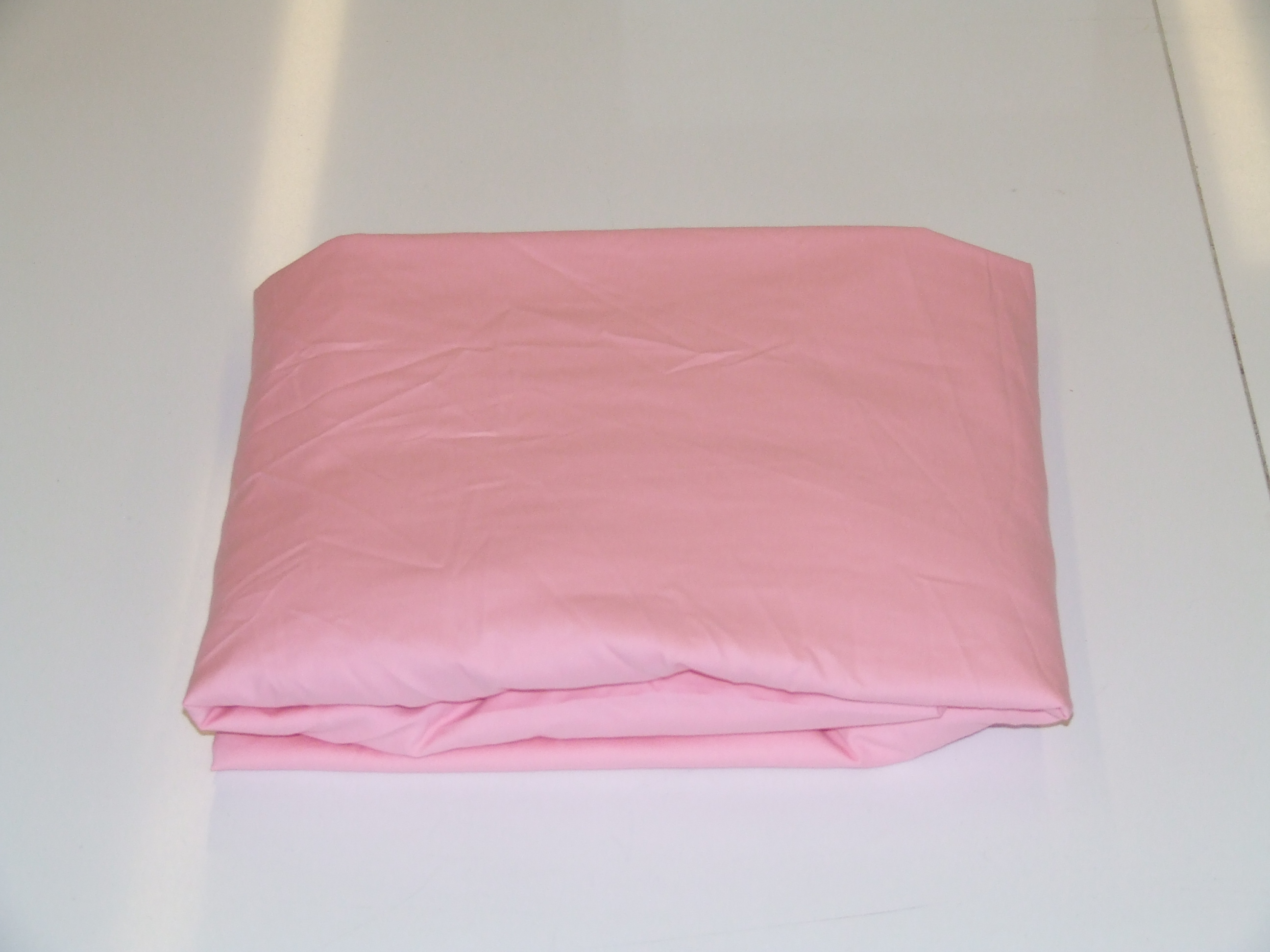 Evidently A Newly Laundered Fitted Sheet Can Look Like This After Folding.